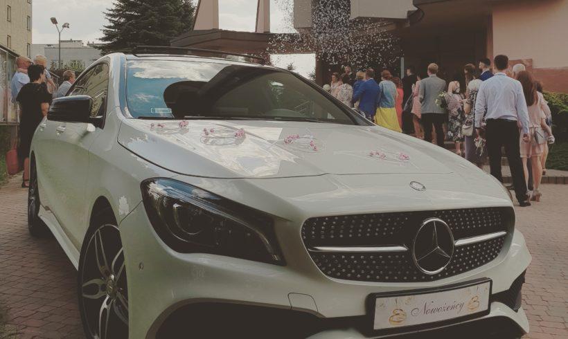 Mercedes przy ślubnym kobiercu w Krakowie